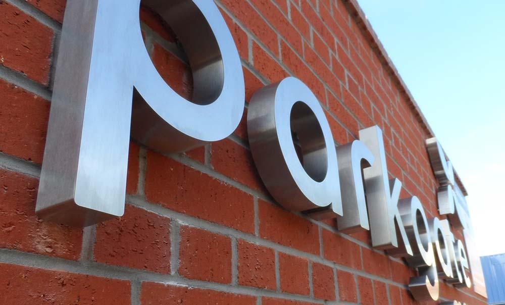 Parkgate mews sign