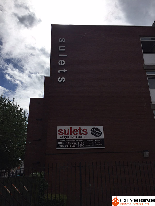 sulets-signage-and-banners-installed